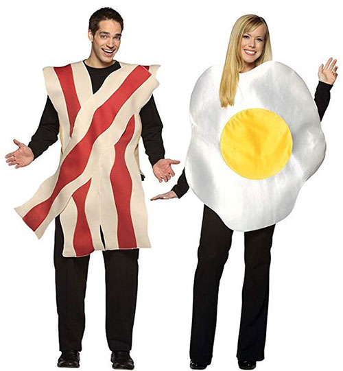 25-Creative-Funny-Halloween-Costume-Ideas-For-Couples-2019-2