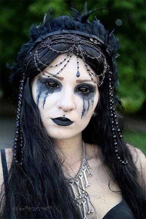 12-Horror-Gothic-Halloween-Makeup-Looks-Ideas-Trends-2019-10