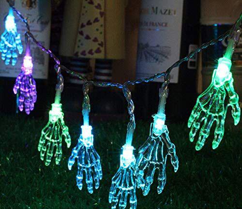 15-Cool-Amazing-Halloween-Light-Decoration-Ideas-2019-9