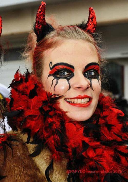 18-Horrifying-Devil-Halloween-Face-Makeup-Ideas-Styles-Trends-2019-16