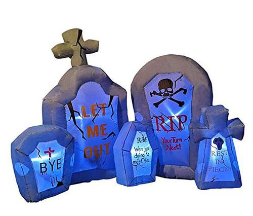 18-Very-Scary-Horror-Halloween-Yard-Decoration-Ideas-2019-10