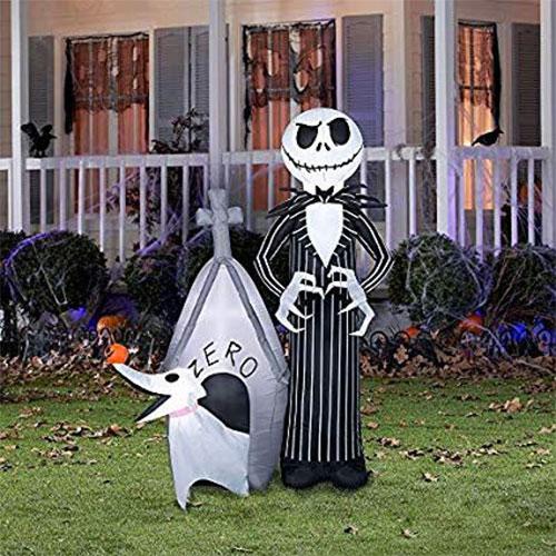 18-Very-Scary-Horror-Halloween-Yard-Decoration-Ideas-2019-15