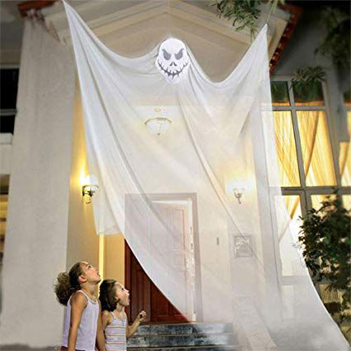 20-Very-Scary-Creepy-Halloween-Outdoor-Decoration-Ideas-2019-18
