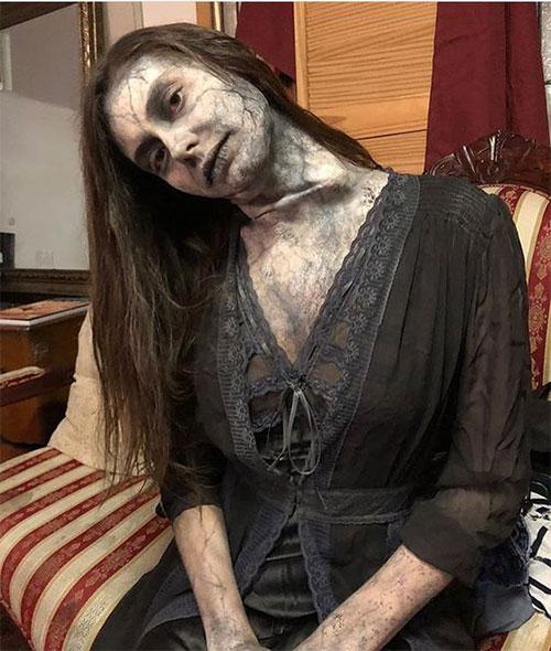 20-Very-Scary-Halloween-Neck-Makeup-Looks-Styles-Ideas-2019-15