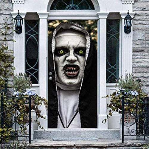 25-Best-Halloween-Door-Window-Decoration-Ideas-2019-1