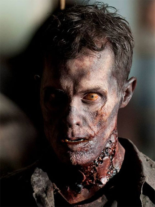 30-Very-Scary-The-Walking-Dead-Halloween-Face-Makeup-Ideas-Looks-2019-22