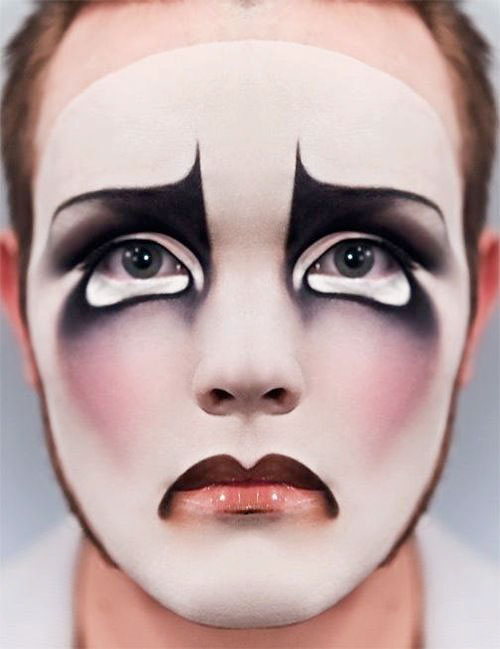35-Creepy-Crazy-Creative-Halloween-Illusion-Makeup-Looks-Ideas-2019-20