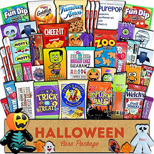 10-Best-Halloween-Themed-Candy-Gifts-Treat-Baskets-For-Kids-Adults-2019-Gift-Ideas-1
