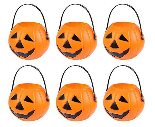 10-Best-Halloween-Themed-Candy-Gifts-Treat-Baskets-For-Kids-Adults-2019-Gift-Ideas-10