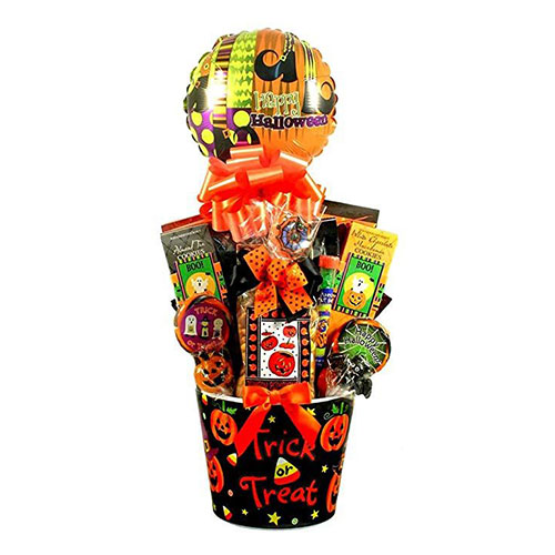 10-Best-Halloween-Themed-Candy-Gifts-Treat-Baskets-For-Kids-Adults-2019-Gift-Ideas-5