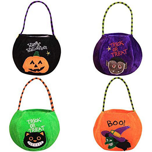 10-Best-Halloween-Themed-Candy-Gifts-Treat-Baskets-For-Kids-Adults-2019-Gift-Ideas-9