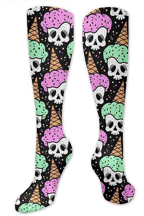 12-Halloween-Themed-Socks-Stockings-For-Girls-Women-2019-1