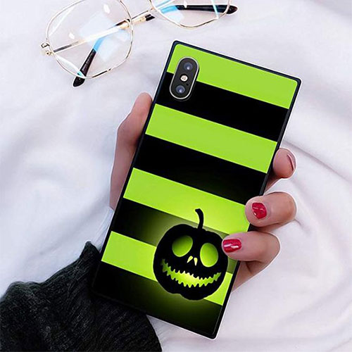 15-Cheap-Cool-Halloween-iPhone-Covers-Cases-2019-7