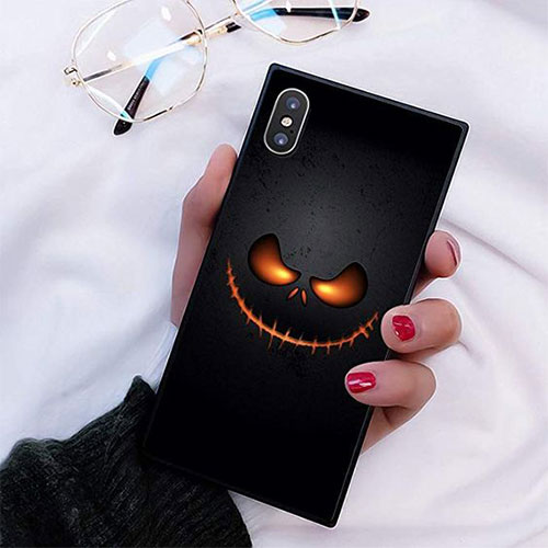 15-Cheap-Cool-Halloween-iPhone-Covers-Cases-2019-8