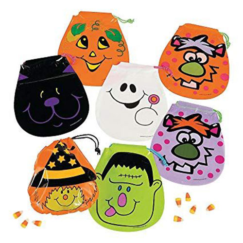 15-Cute-Halloween-Themed-Candy-Gifts-Treat-Bags-For-Kids-Adults-2019-Gift-Ideas-1
